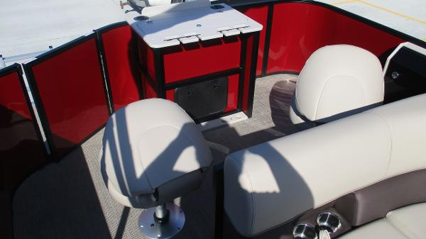2021 Bentley boat for sale, model of the boat is 243 Fish-N-Cruise & Image # 16 of 59