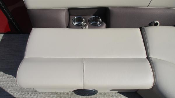 2021 Bentley boat for sale, model of the boat is 243 Fish-N-Cruise & Image # 45 of 59