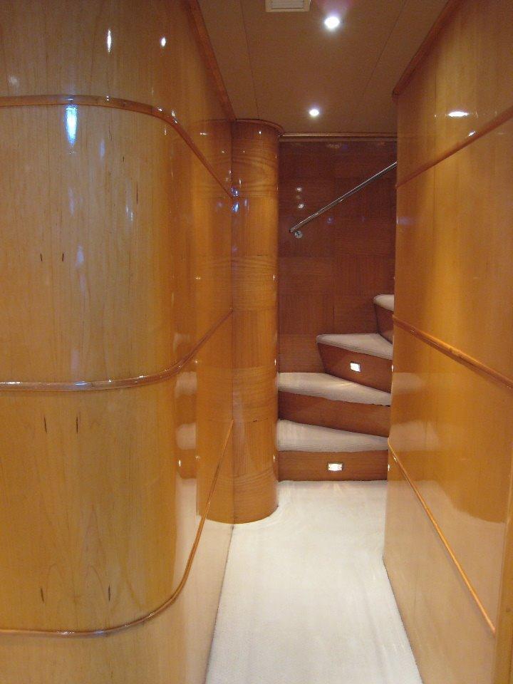 Halvorsen 80 Walkway to Wooden Stairway