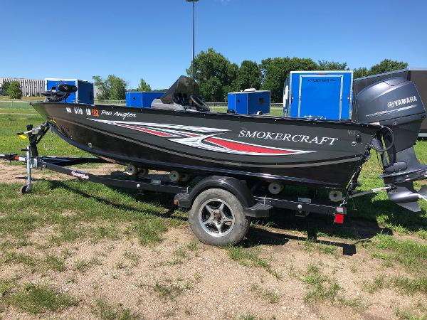 2013 Smoker Craft boat for sale, model of the boat is Pro Angler 161 & Image # 3 of 12