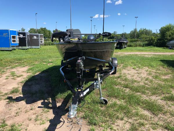 2013 Smoker Craft boat for sale, model of the boat is Pro Angler 161 & Image # 4 of 12
