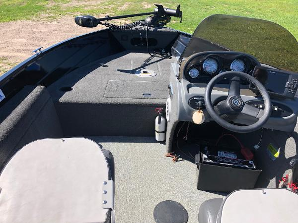 2013 Smoker Craft boat for sale, model of the boat is Pro Angler 161 & Image # 7 of 12