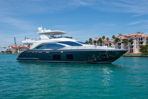2016 83' Azimut Motoryacht - US Spec