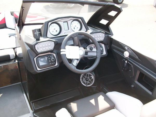 2019 Axis boat for sale, model of the boat is T22 & Image # 3 of 9