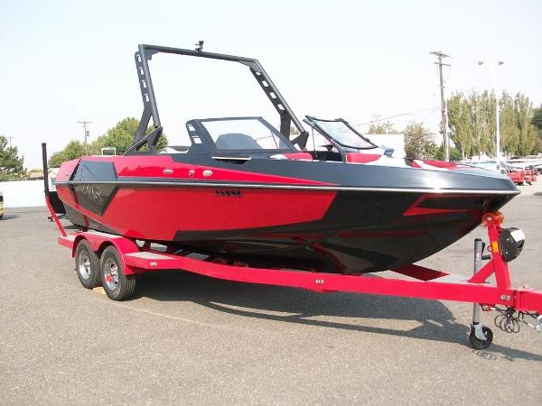 2019 Axis boat for sale, model of the boat is T22 & Image # 6 of 9