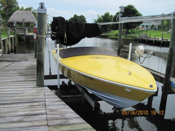 Donzi 22 Classic High Performance Boats. Listing Number: M-3275877 22' Donzi ...