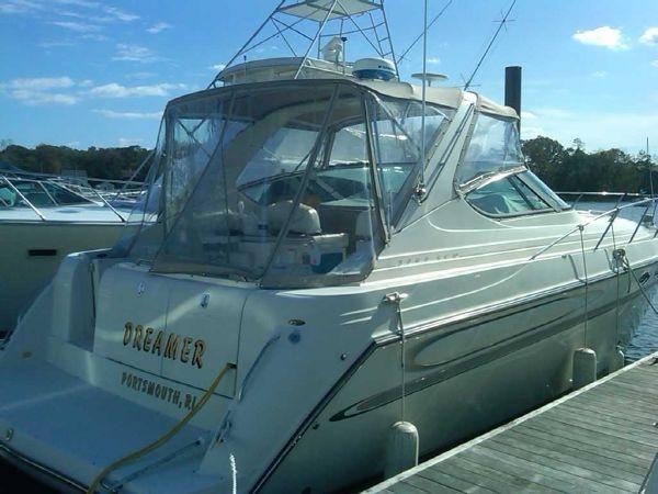 Maxum 3700 SCR Brewer Spring Boat Show RI Express Cruiser
