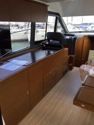 Bavaria R40 For Sale Broker