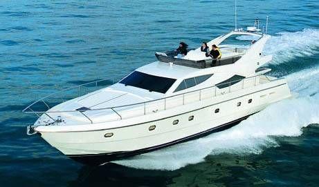 Ferretti 620. Length: 18.9 meter. Model Year: 2001. Price: €780000