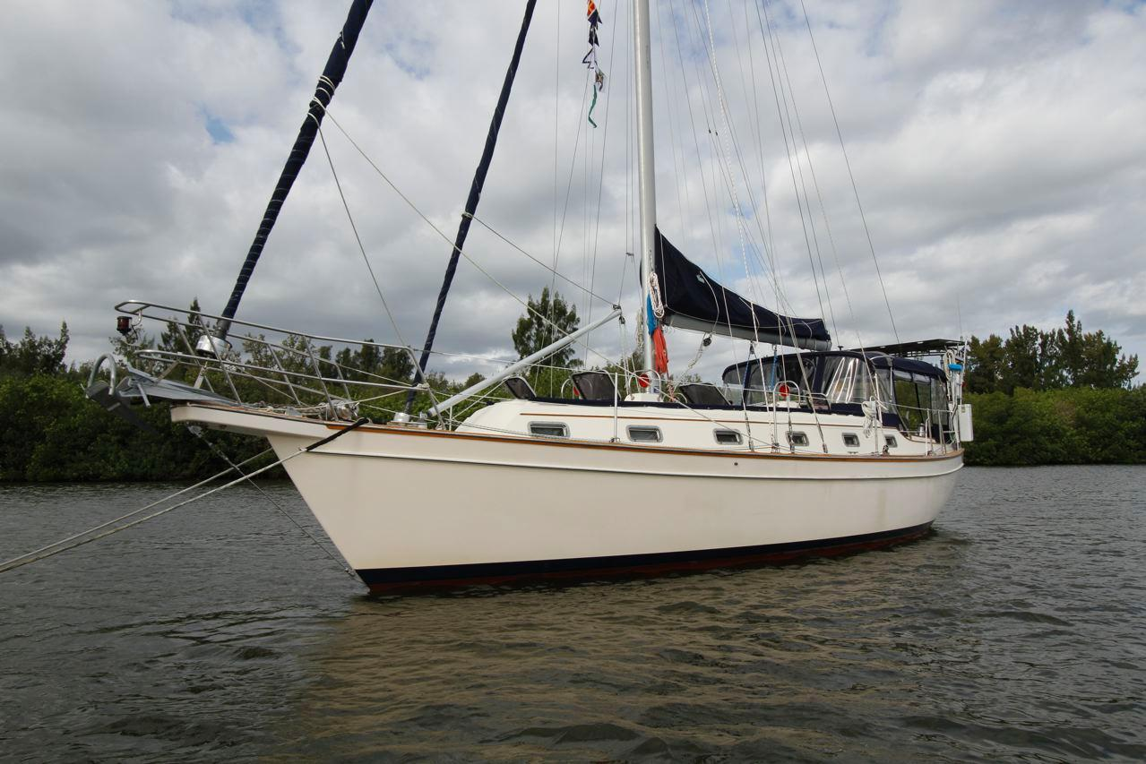 40' Island Packet 1998 40