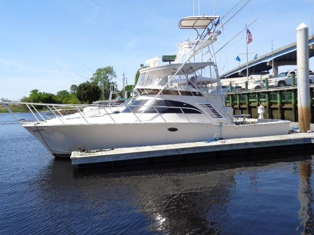 Delta Powerboats Canaveral Custom Delta 36 Express - Photo: #2