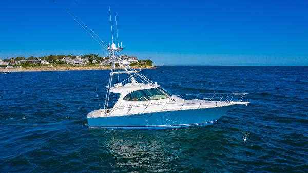 2014 42' Viking 42 Sport Tower