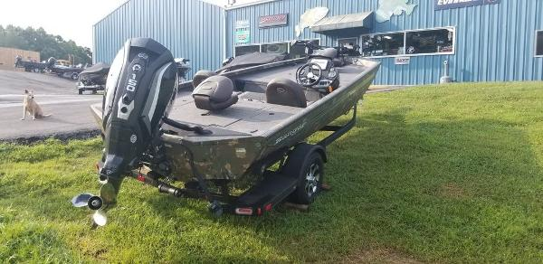 2019 Ranger Boats boat for sale, model of the boat is RT198P & Image # 8 of 23