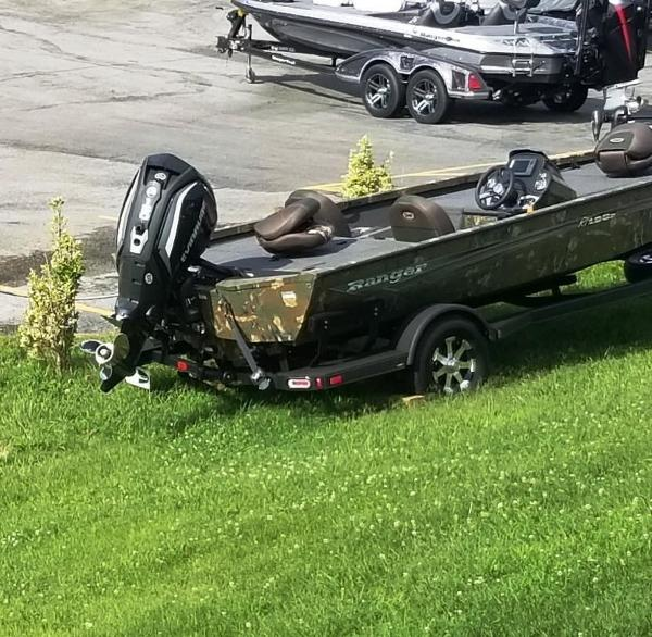 2019 Ranger Boats boat for sale, model of the boat is RT198P & Image # 17 of 23