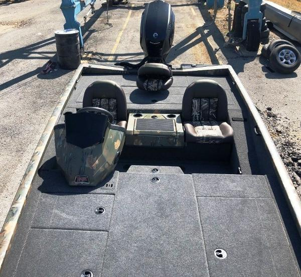 2019 Ranger Boats boat for sale, model of the boat is RT198P & Image # 18 of 23