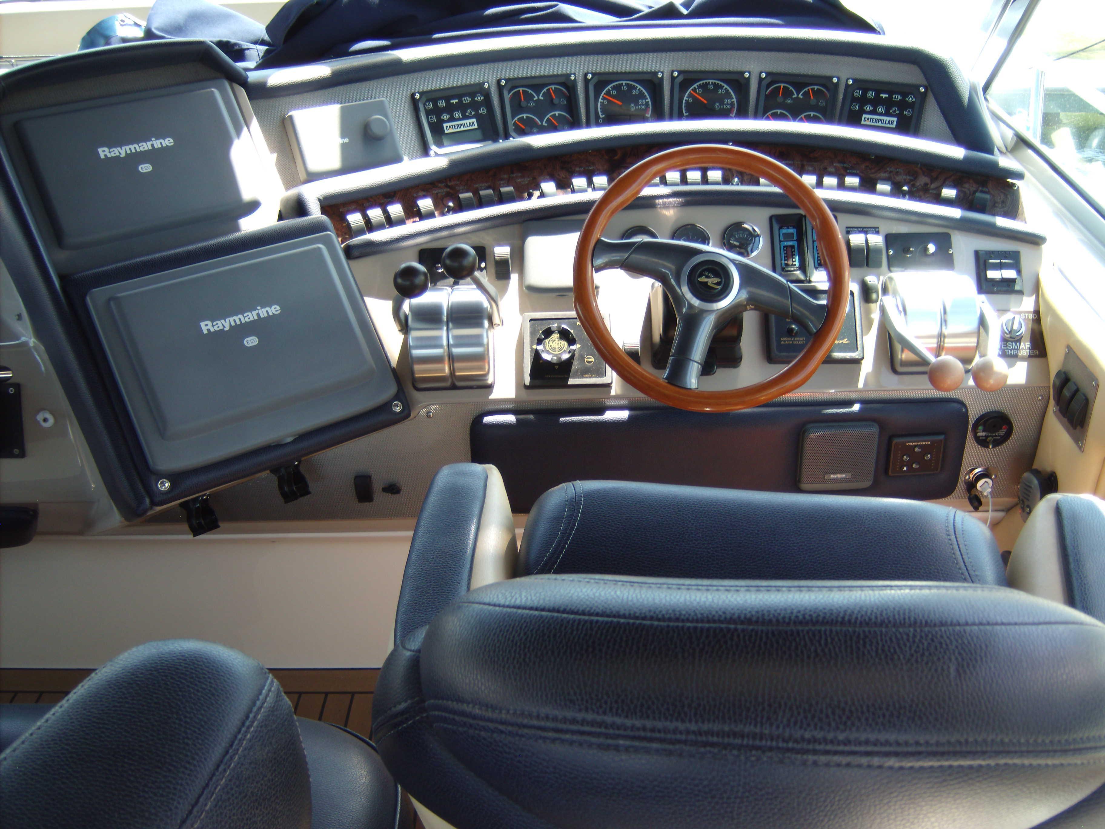 Cockpit Lounge