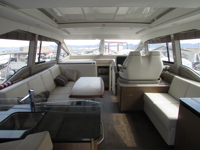 2018 Sea Ray boat for sale, model of the boat is 460 Sundancer & Image # 90 of 2914