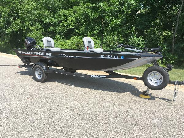2018 Tracker Boats boat for sale, model of the boat is PF16 & Image # 1 of 9