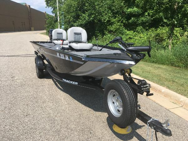 2018 Tracker Boats boat for sale, model of the boat is PF16 & Image # 4 of 9