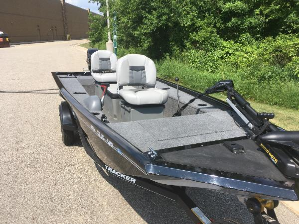 2018 Tracker Boats boat for sale, model of the boat is PF16 & Image # 5 of 9