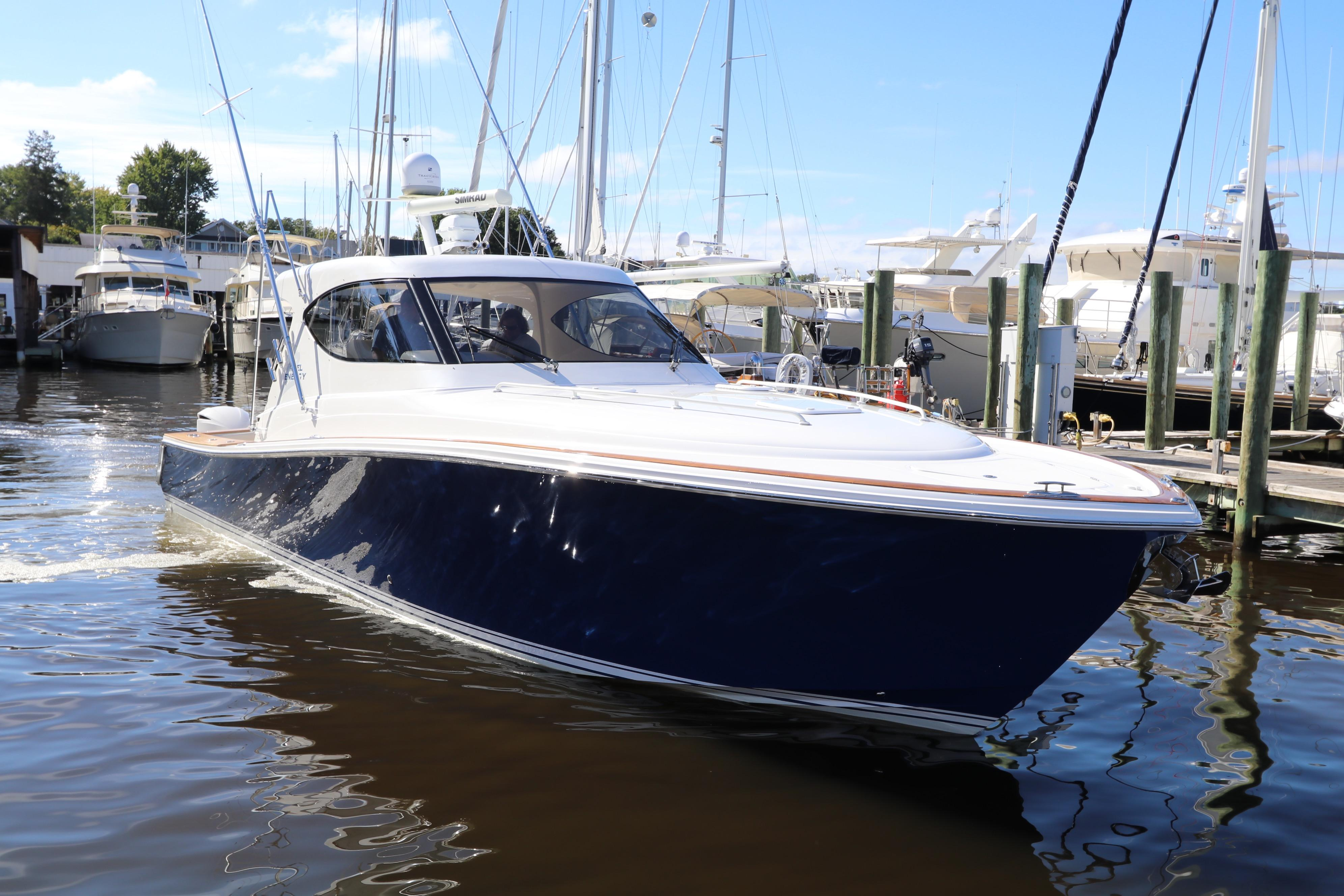 2013 Jupiter 41 Sport Bridge SEAKEEPER for sale