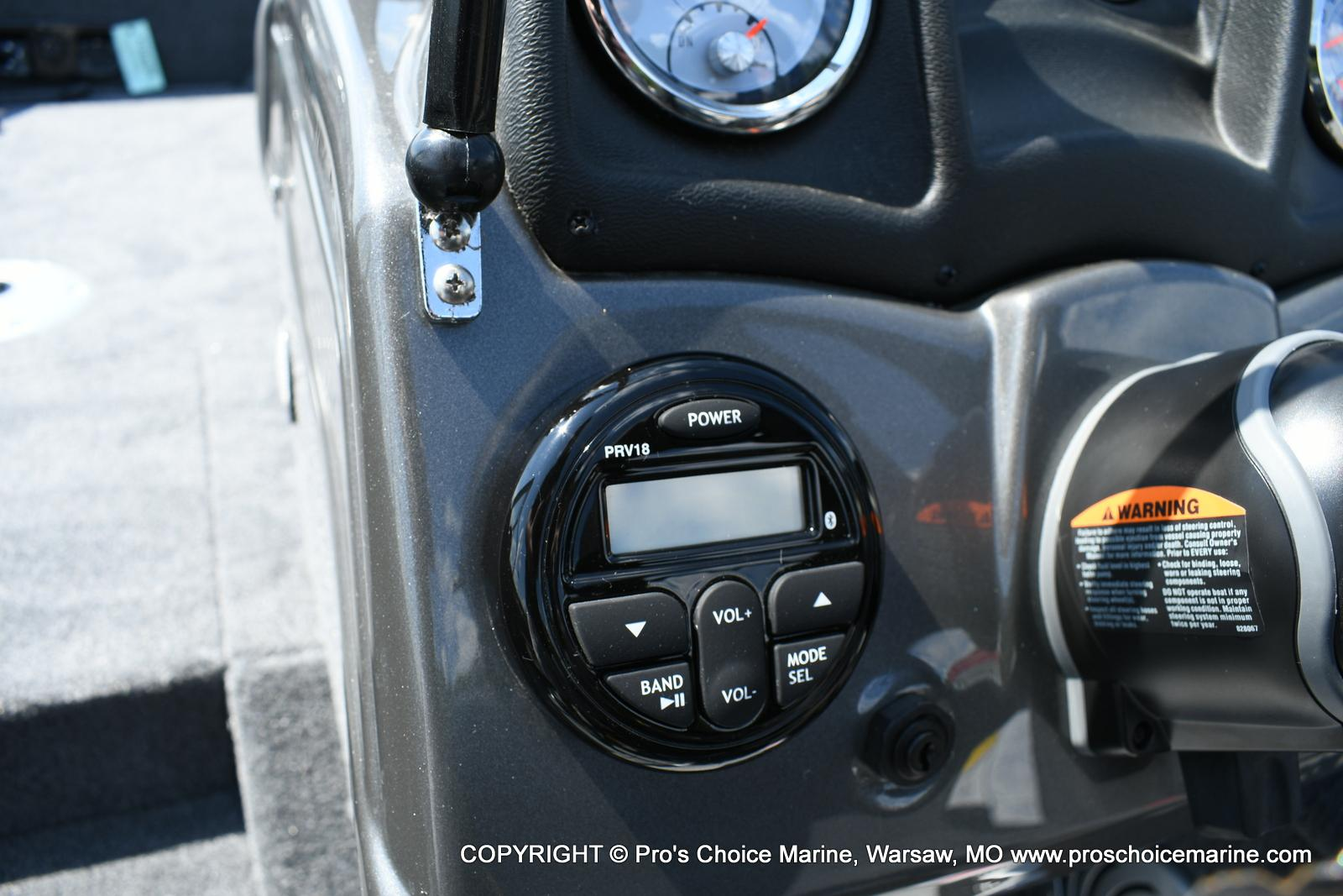 2020 Tracker Boats boat for sale, model of the boat is Pro Guide V-175 Combo & Image # 10 of 50