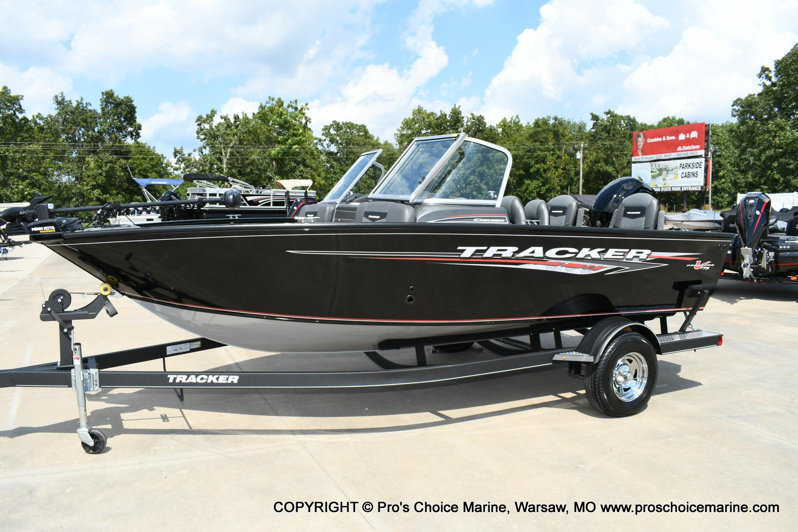 2020 Tracker Boats boat for sale, model of the boat is Pro Guide V-175 Combo & Image # 2 of 50