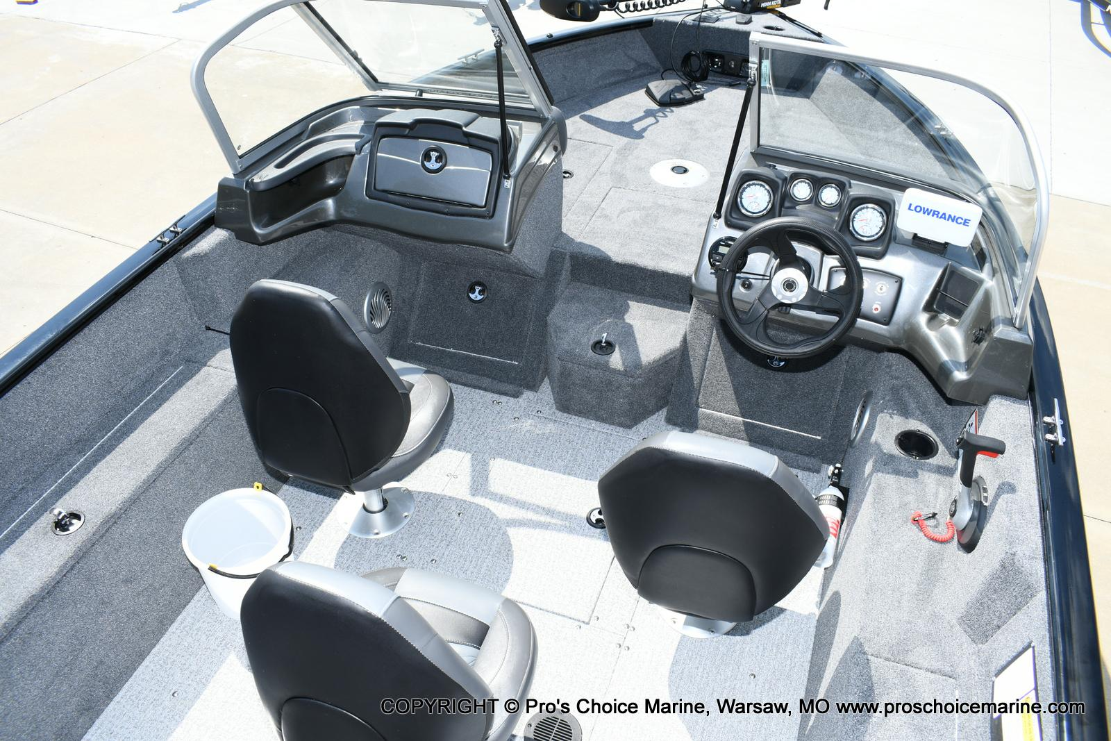 2020 Tracker Boats boat for sale, model of the boat is Pro Guide V-175 Combo & Image # 23 of 50