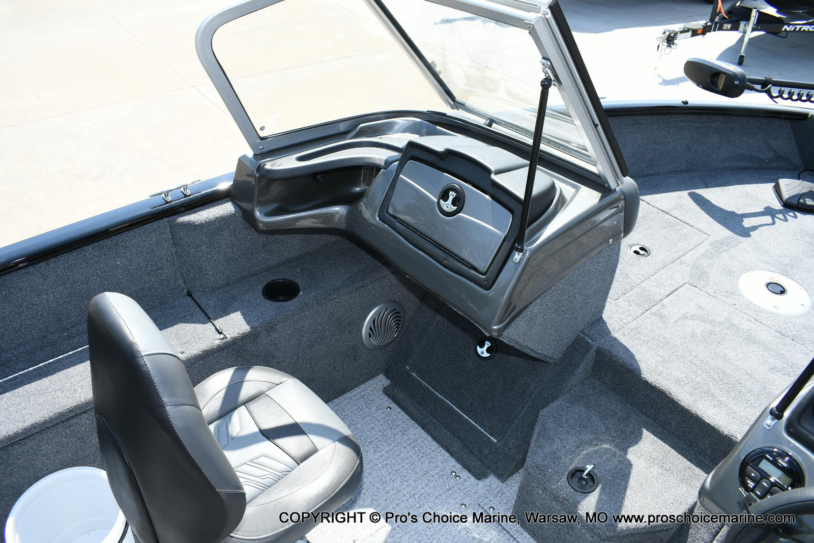 2020 Tracker Boats boat for sale, model of the boat is Pro Guide V-175 Combo & Image # 32 of 50