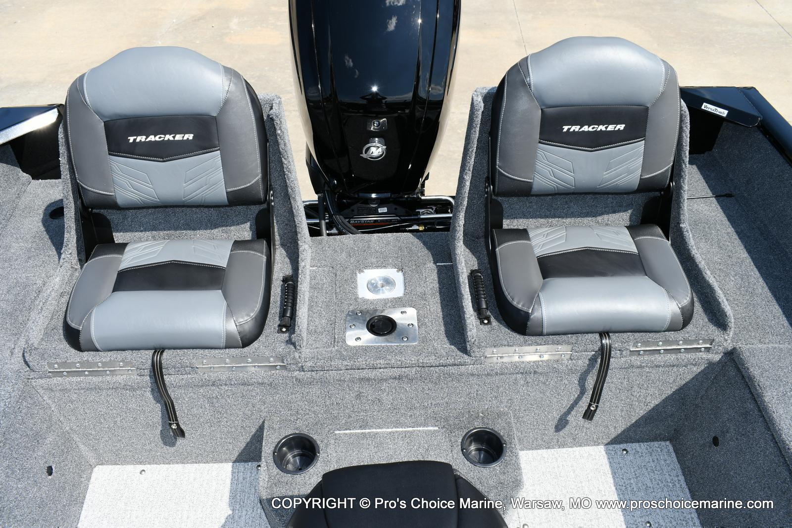 2020 Tracker Boats boat for sale, model of the boat is Pro Guide V-175 Combo & Image # 37 of 50