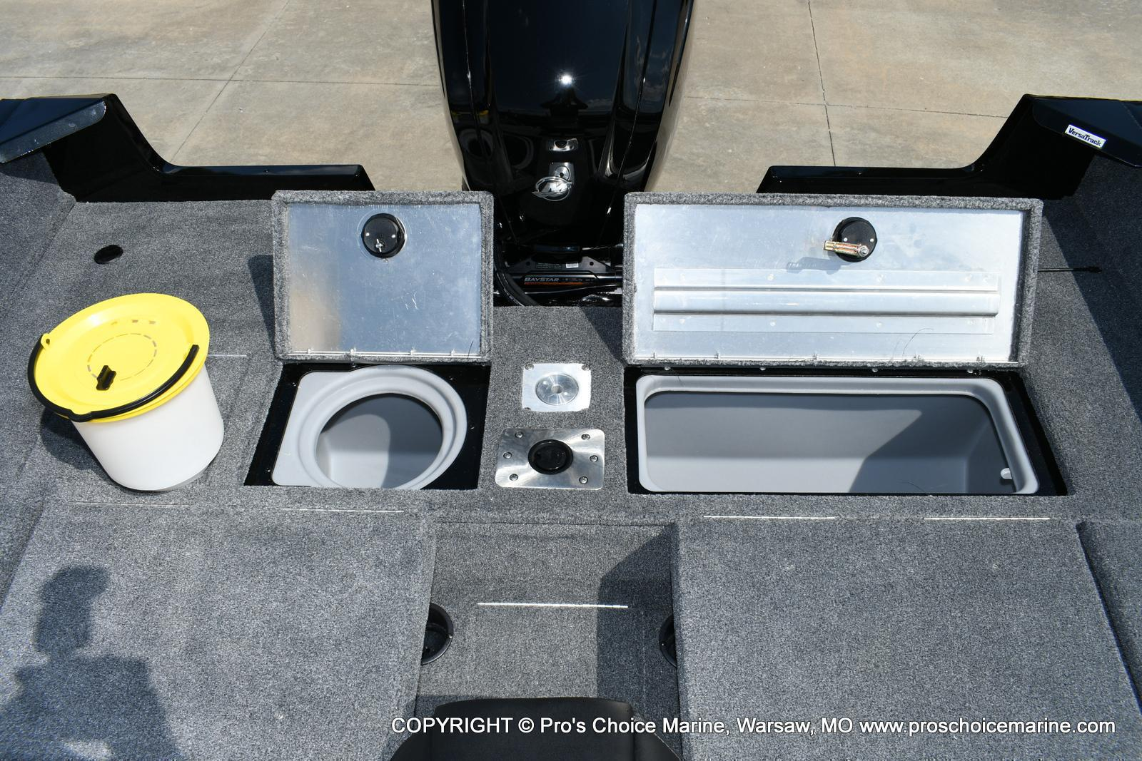 2020 Tracker Boats boat for sale, model of the boat is Pro Guide V-175 Combo & Image # 39 of 50
