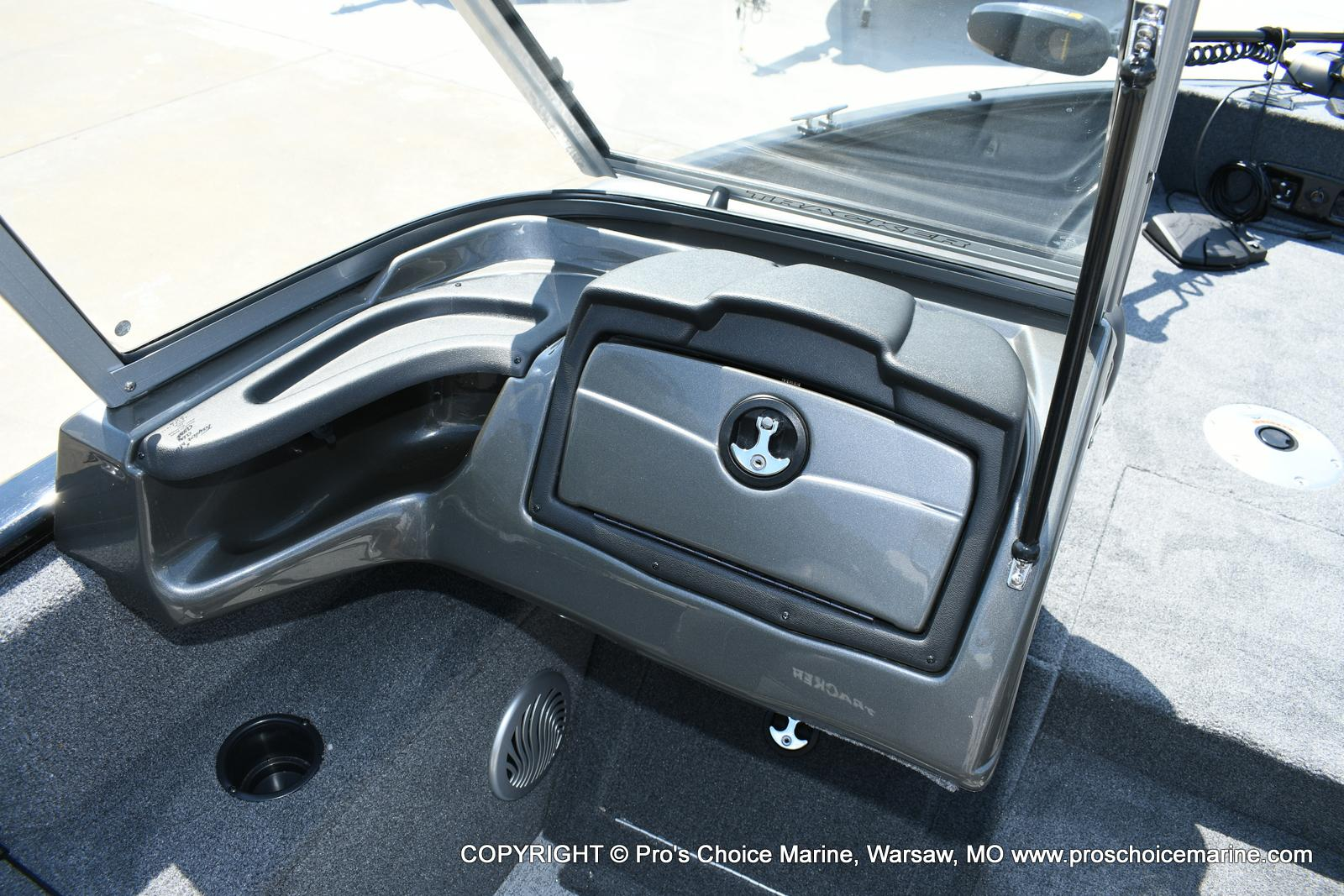 2020 Tracker Boats boat for sale, model of the boat is Pro Guide V-175 Combo & Image # 42 of 50