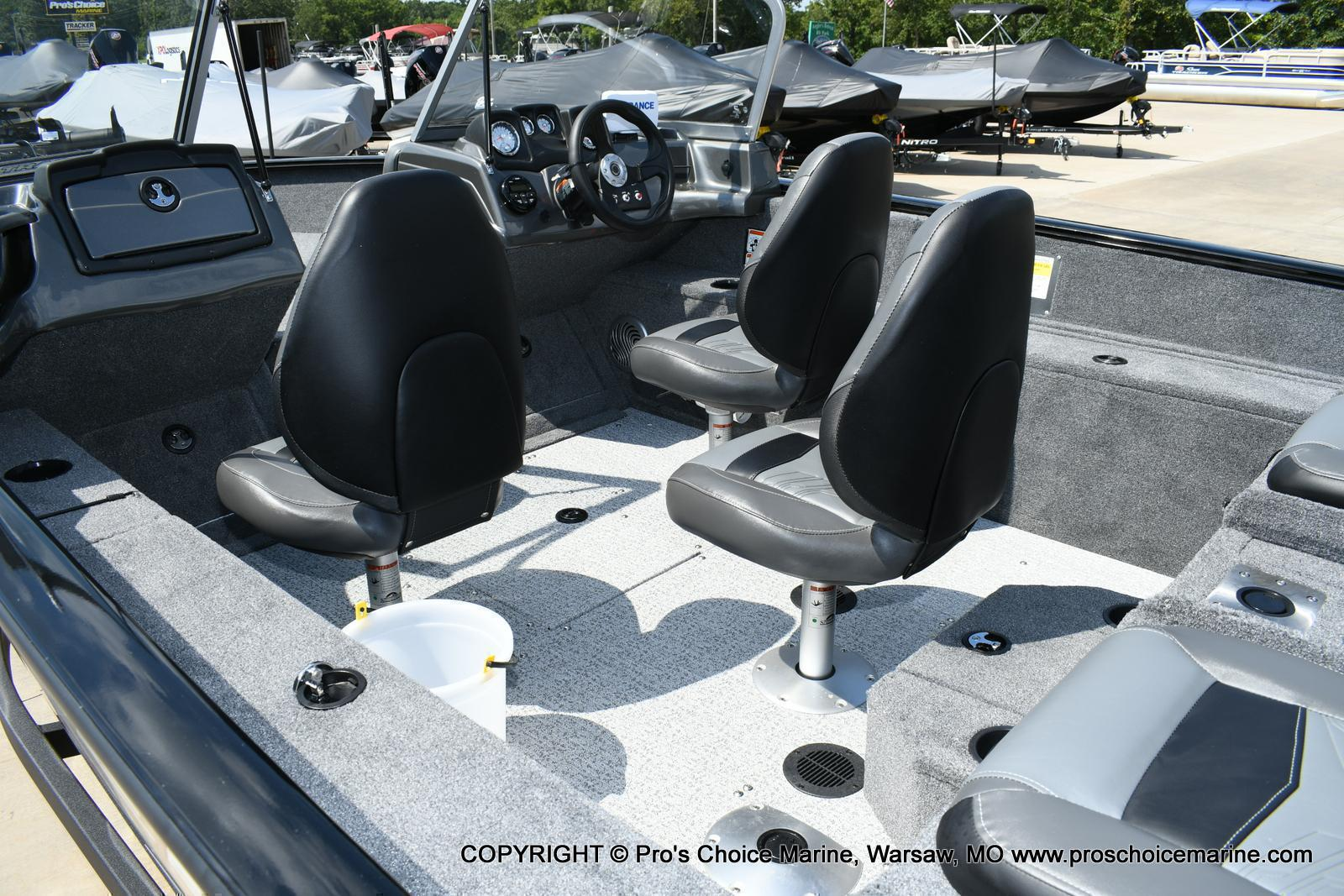 2020 Tracker Boats boat for sale, model of the boat is Pro Guide V-175 Combo & Image # 6 of 50