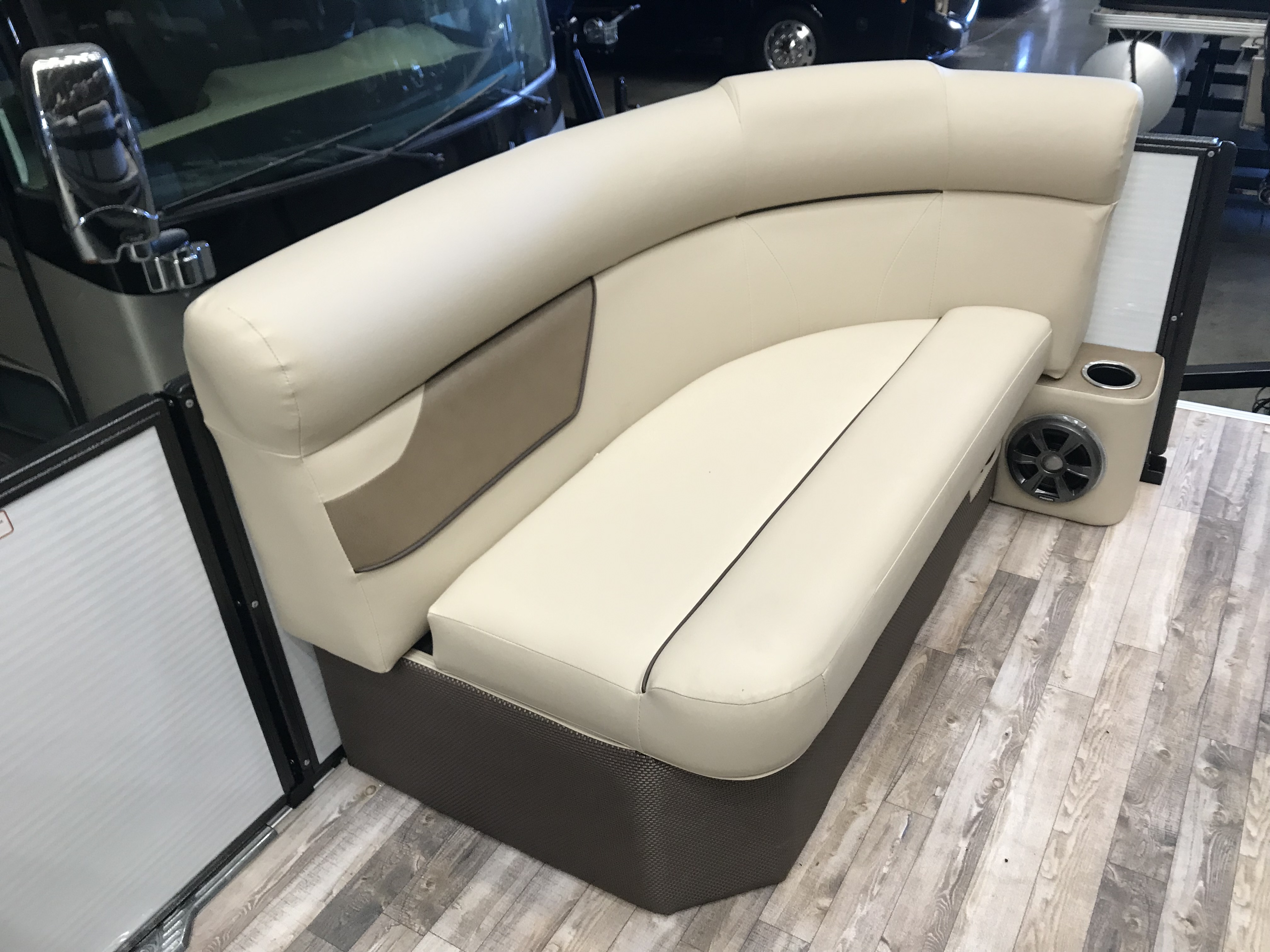 2019 Crest boat for sale, model of the boat is CREST I 200 L & Image # 401 of 480