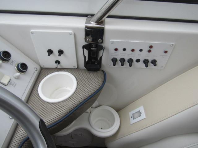 Helm / Electronics & Navigation 7