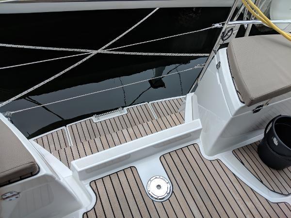 Jeanneau Sun Odyssey 44 DS BoatsalesListing Sell