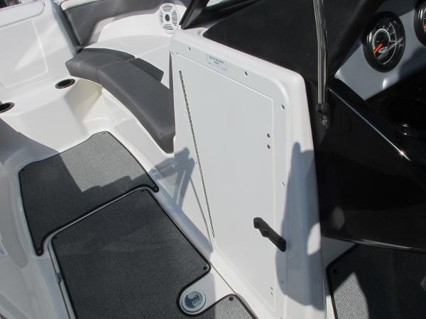 2020 Yamaha boat for sale, model of the boat is SX210 & Image # 20 of 39