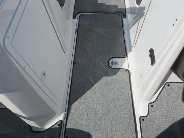 2020 Yamaha boat for sale, model of the boat is SX210 & Image # 23 of 39