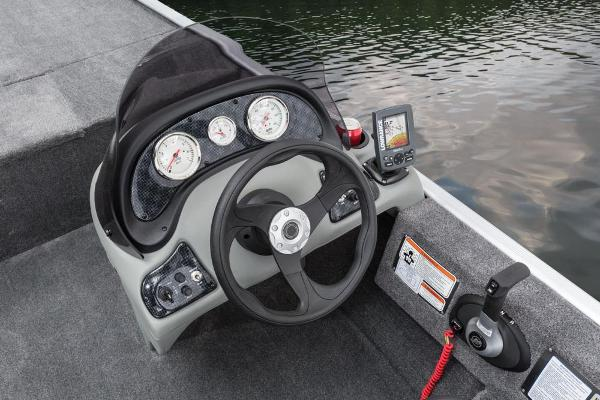 2016 Tracker Boats boat for sale, model of the boat is Pro 170 & Image # 18 of 25