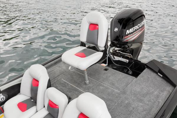 2016 Tracker Boats boat for sale, model of the boat is Pro Team 175 TXW & Image # 19 of 36