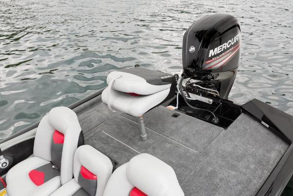2016 Tracker Boats boat for sale, model of the boat is Pro Team 175 TXW & Image # 20 of 36