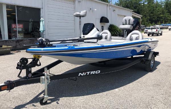 2021 Nitro boat for sale, model of the boat is Z17 & Image # 1 of 31