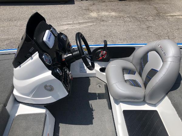 2021 Nitro boat for sale, model of the boat is Z17 & Image # 19 of 31