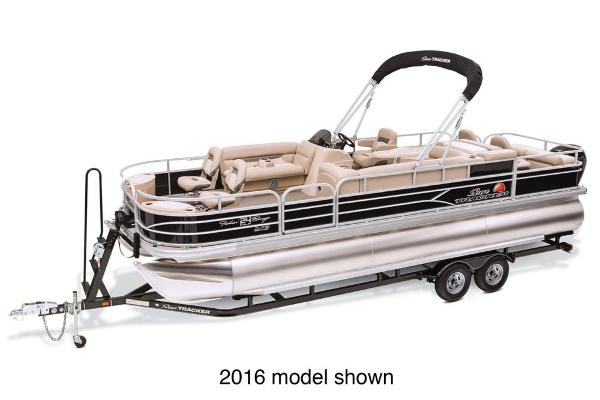 2017 Sun Tracker boat for sale, model of the boat is Fishin' Barge 24 XP3 & Image # 1 of 3