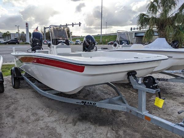 2020 Mako boat for sale, model of the boat is 17 Skiff & Image # 1 of 29