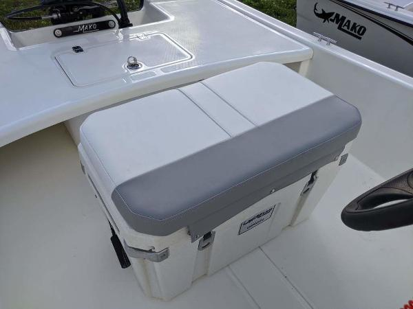 2020 Mako boat for sale, model of the boat is 17 Skiff & Image # 5 of 29