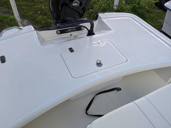 2020 Mako boat for sale, model of the boat is 17 Skiff & Image # 6 of 29