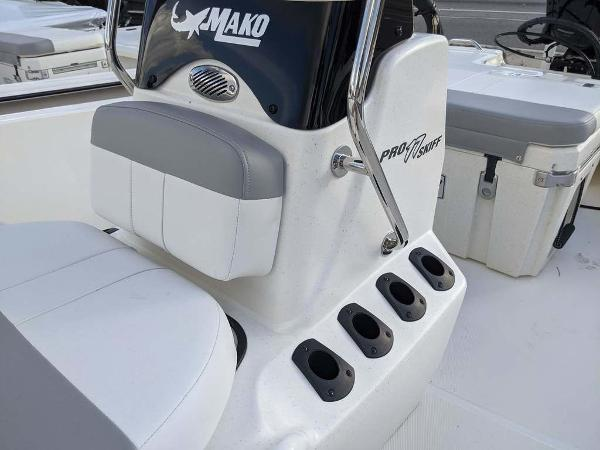 2020 Mako boat for sale, model of the boat is 17 Skiff & Image # 16 of 29