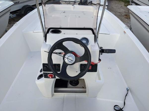 2020 Mako boat for sale, model of the boat is 17 Skiff & Image # 25 of 29