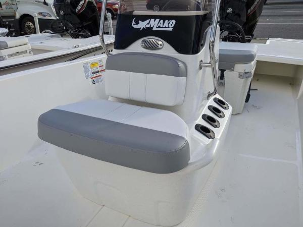 2020 Mako boat for sale, model of the boat is 17 Skiff & Image # 28 of 29